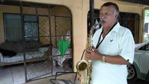 CARTAGENA: El señor de los himnos y sus 35 instrumentos…