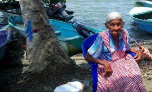 DÍA 60.PERSONAJE: LA PESCADORA CON MÁS AÑOS EN ISLA VENADO
